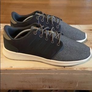 NEW Adidas Cloudfoam running sneakers.